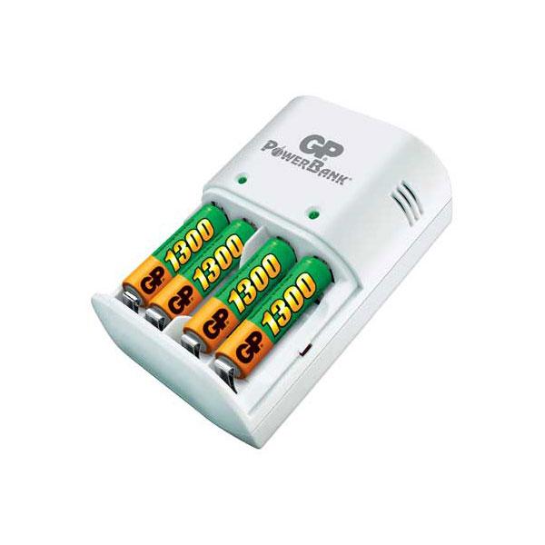 Punjač baterija GP za 4 baterije NiMH